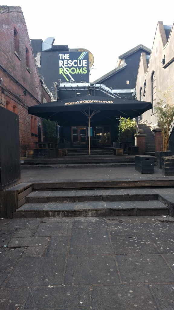 Rescure rooms stepped entrance