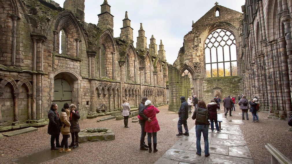 The outside of The Palace of Holyrood House