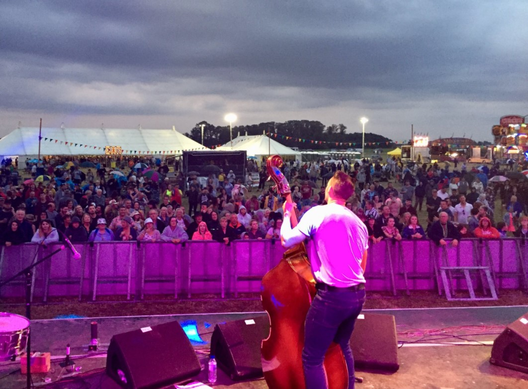 live performance at the holbeach music and beer festival