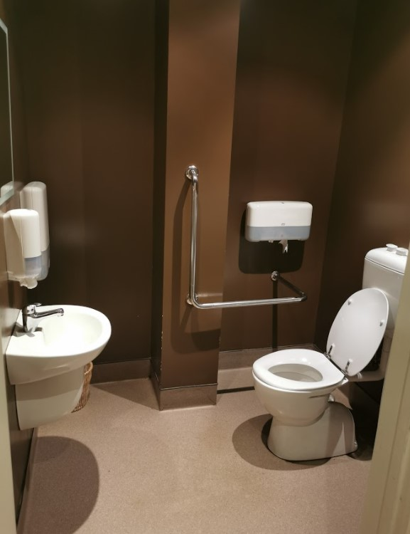 accessible toilet facilities